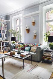 Amazing bohemian style living room decor ideas (7)