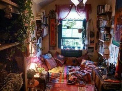 Amazing bohemian style living room decor ideas (9)
