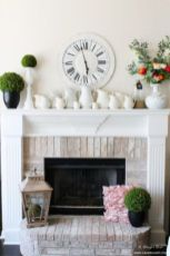 Beautiful spring mantel decorating ideas on a budget (12)