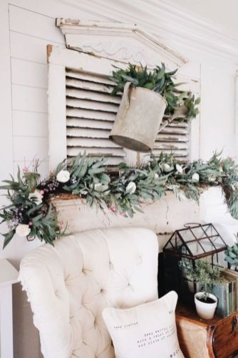 Beautiful spring mantel decorating ideas on a budget (37)