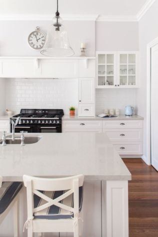 Cool coastal kitchen design ideas (39)