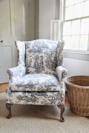 Cozy vintage chair design ideas you can add for your home (18)