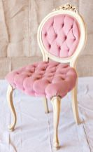 Cozy vintage chair design ideas you can add for your home (32)