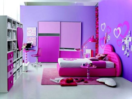 Cute pink kids bedroom designs ideas for small room (16)