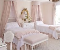Cute pink kids bedroom designs ideas for small room (23)