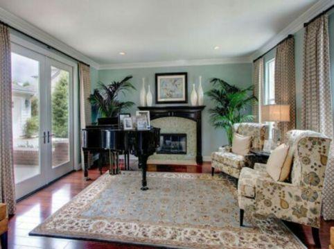 Elegant carpet ideas for large living room (4)