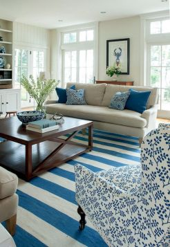 Gorgeous coastal living room decor ideas (23)
