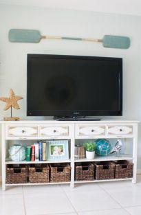 Gorgeous coastal living room decor ideas (24)