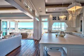 Gorgeous coastal living room decor ideas (3)