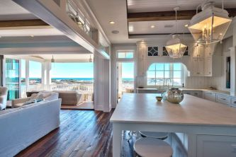 Gorgeous coastal living room decor ideas (3)