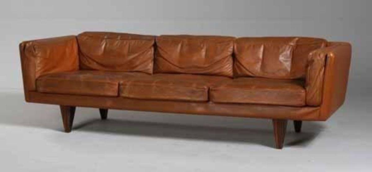 Stunning modern leather sofa design for living room (8)