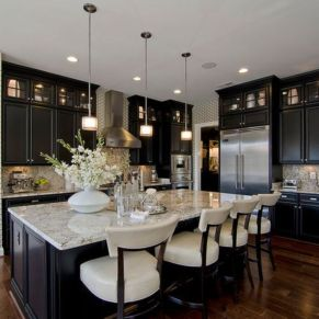 Stylish luxury black kitchen design ideas (30)