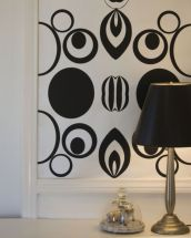 Totally inspiring black and white geometric wallpaper ideas for bedroom (20)