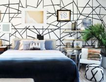 Totally inspiring black and white geometric wallpaper ideas for bedroom (21)