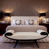 Totally inspiring black and white geometric wallpaper ideas for bedroom (23)