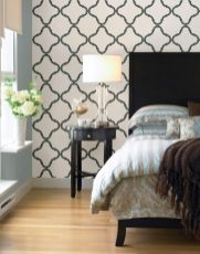 Totally inspiring black and white geometric wallpaper ideas for bedroom (27)