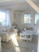 Adorable european living room design and decor ideas (19)