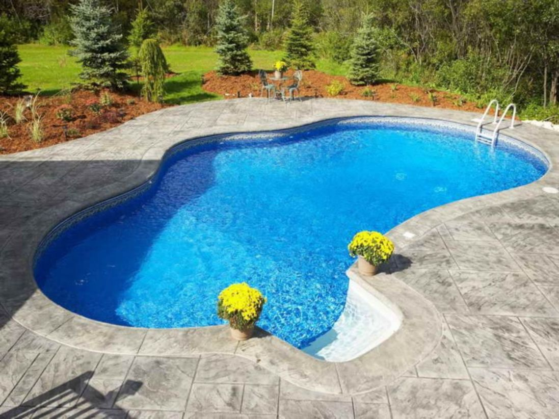 Beautiful small outdoor inground pools design ideas 08