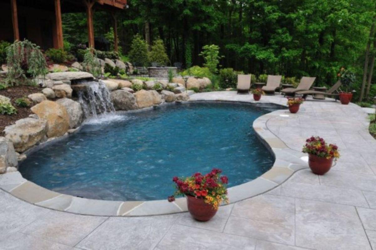 Beautiful small outdoor inground pools design ideas 09