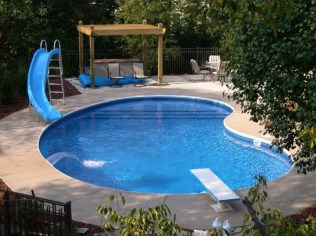 Beautiful small outdoor inground pools design ideas 34