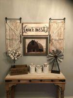 Elegant farmhouse decor ideas for your home (8)