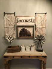 Elegant farmhouse decor ideas for your home (8)