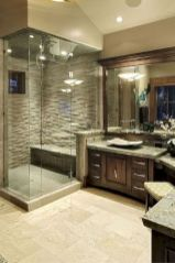 Gorgeous farmhouse master bathroom decorating ideas (10)