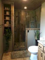 Gorgeous farmhouse master bathroom decorating ideas (24)