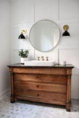 Gorgeous farmhouse master bathroom decorating ideas (38)