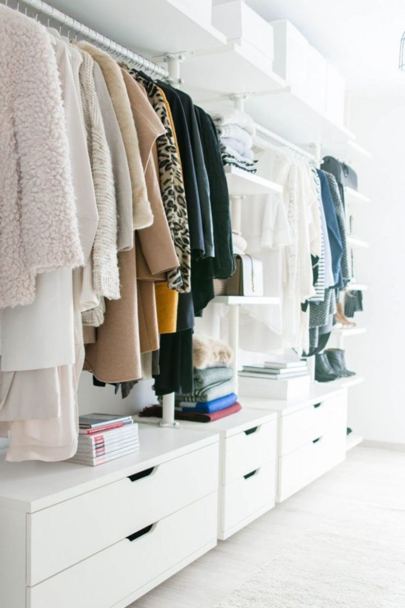 Magnificant closets ideas for your best clothes (24)