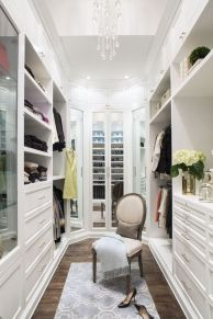 Magnificant closets ideas for your best clothes (37)
