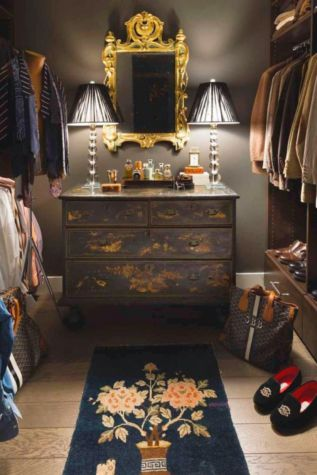 Magnificant closets ideas for your best clothes (42)