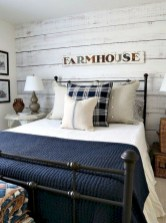 Rustic farmhouse bedroom decorating ideas (4)
