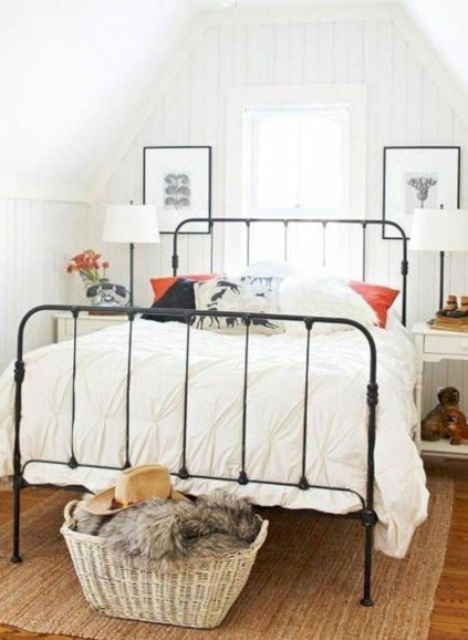 Rustic farmhouse bedroom decorating ideas (41)