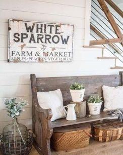 Simply and cozy farmhouse wall decor ideas (9)
