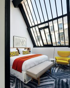 Astounding bedrooms with skylights that everyone will adore 03