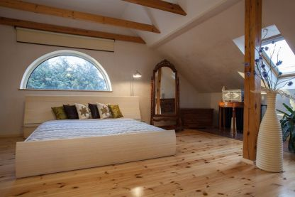 Astounding bedrooms with skylights that everyone will adore 07