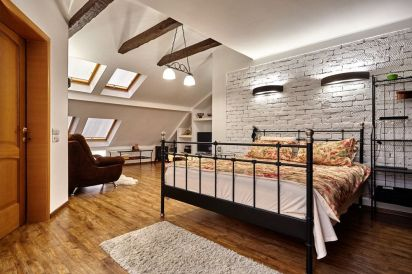 Astounding bedrooms with skylights that everyone will adore 36