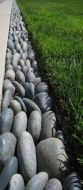 Awesome ways to creatively edge your garden 02