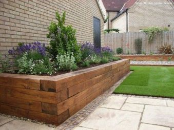Awesome ways to creatively edge your garden 10