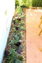 Awesome ways to creatively edge your garden 38