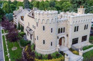 Fascinating castles to include on your bucket list 41