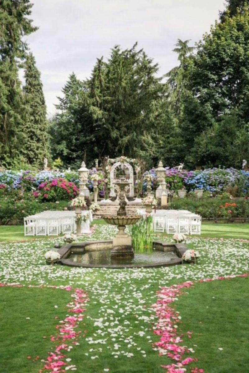 Splendid wedding venues use inspiration 44