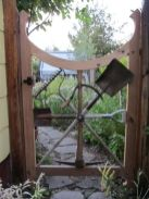 Amazing rustic garden decor ideas 14