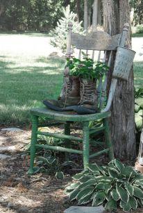 Amazing rustic garden decor ideas 20
