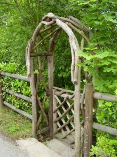Amazing rustic garden decor ideas 40