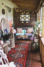 Brilliant bohemian farmhouse decorating ideas for your living room 01