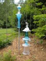 Brilliant garden junk repurposed ideas to create artistic landscaping 03