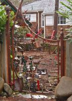 Brilliant garden junk repurposed ideas to create artistic landscaping 05