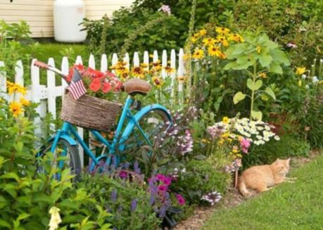 Brilliant garden junk repurposed ideas to create artistic landscaping 37